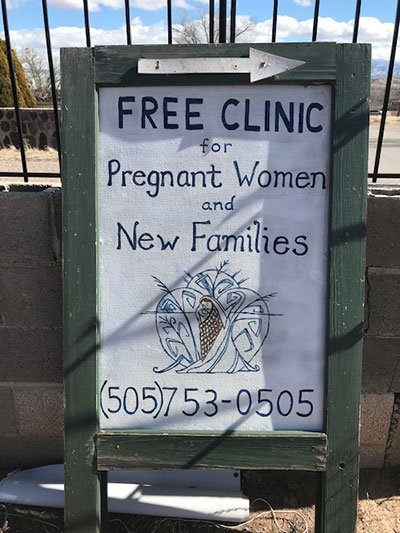 Free clinic sign